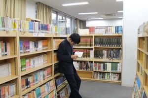 図書室のようす②